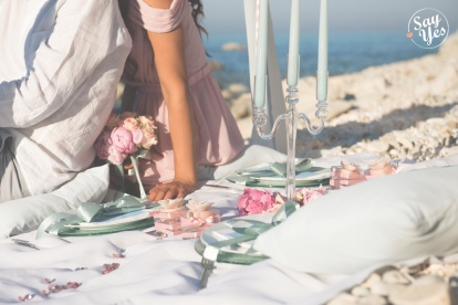 BEACH WEDDING STYLED SHOOT